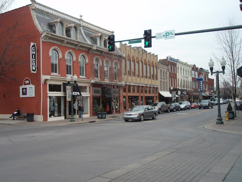 4th_ave_main_street_historic_franklin_tennessee_2010