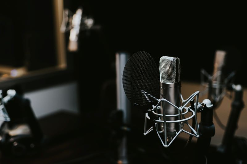 How Podcasts Help With Internet Marketing_Horton Group