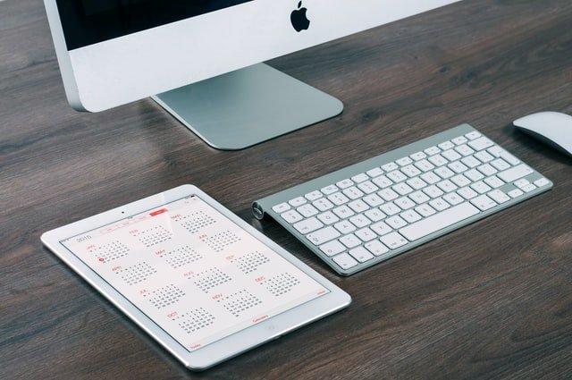 calendar-and-keyboard